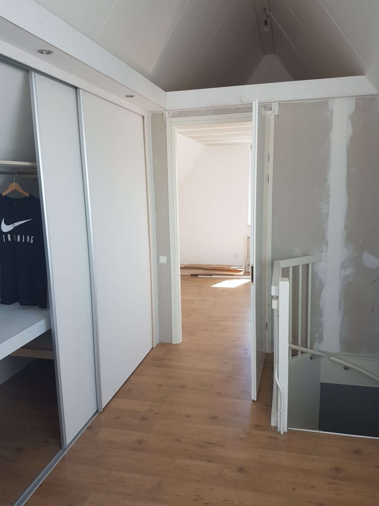 Zolder verbouwing 2020 slaapkamer, berging, wasruimte en kasten